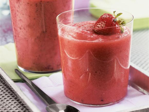 weight loss smoothie, strawberry smoothie, prevention