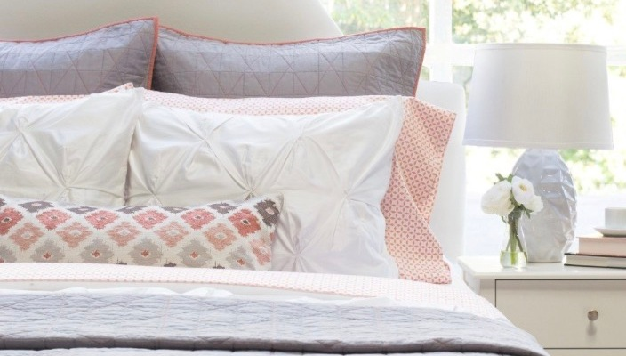 crane and canopy, bed set